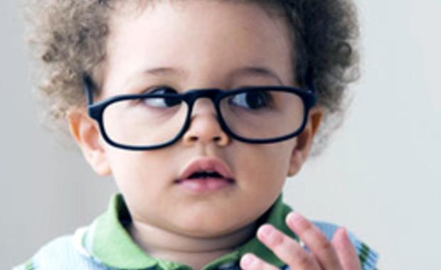 463b9081c9345e Het is vanaf het eerste jaar dat een eventuele oogafwijking bij het kind  moet worden opgespoord. Hoe vroeger de diagnose gesteld wordt